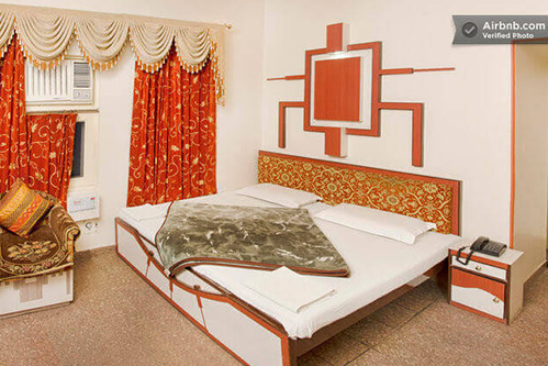 hotel kalyan room